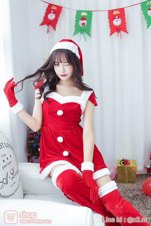 ชุดแซนตี้น้อยแสนน่ารักมาในโทนสีแดงขาวพร้อมไอเทมแบบฟูลออฟชั่น